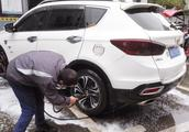 汽车上最脏的5个地方,洗车时一定要跟洗车工说,否则根本没人管