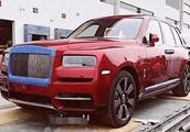 中国第一辆劳斯莱斯SUV,落地1000万!看到车门之后:值!