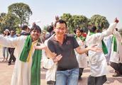 """中国游客在巴基斯坦,当地人非常热情,但国人该行为让人""""难堪"""""""