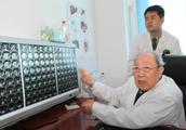 """97岁""""中国肝胆外科之父""""吴孟超院士退休"""