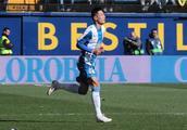 武磊西甲首秀获主帅夸赞!登场3分钟策动扳平进球+反击造黄牌