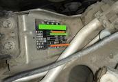 标致408刹车油壶里面的液位异常,故障原因让车主生气!