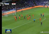第三次!《新闻联播》聚焦国足亚洲杯进入八强,中国足球荣耀时刻