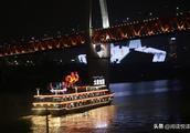重庆洪崖洞:逛山城老街寻巴渝文化
