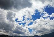 泸沽湖的云好蓝呀!太美了
