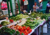 实拍香港菜场的菜价,看看香港现在的消费水平真的还比内地高吗?