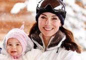 """凯特王妃冬天戴""""雷锋帽"""",保暖又尊贵,与妹妹同戴一顶感情真好"""