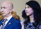MacKenzie Bezos合法地获得了140亿美元亚马逊财富的一半
