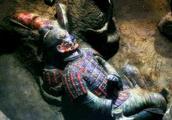秦始皇陵墓里有多少水银?专家说:陵墓旁边的石榴或许具有危害性