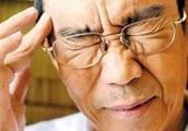 老人起床太猛对血压不好,那睡觉前又该注意哪些事呢?给你说清楚