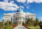 哈萨克斯坦新总统建议:将首都更名为努尔苏丹以致敬前总统