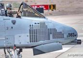 """招惹""""疣猪""""被干掉,可怜的F-22在狗斗环节连教练机都打不过"""