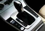 自动档车的刹车距离和手动档车刹车距离