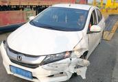 高速上发生交通事故不要慌 交警告诉你处理事故的正确步骤