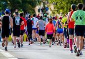 世界最冷村庄举行马拉松,参赛人数只有16人!因太冷没人完成比赛