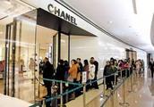 奢侈品消费全球份额从1%到33%:过去18年中国人的消费升级