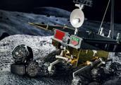 我国玉兔成功登陆月球后,发现了美国耗时5年,都没找到的东西!