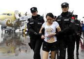 中国3大黑帮女老大:一个摧残300女性,一个蛇蝎毒妇却夜夜换新郎