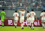 国足对泰国1比5惨败的真实原因,不解决这个问题国足悬了!