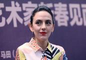 刘烨39岁妻子老得太吓人,皱纹赶上80岁奶奶,粉多得可怕