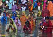 中国拒绝后,印度成洋垃圾聚集地?2500万人却看不到垃圾桶!