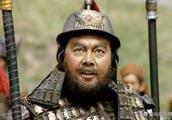 公孙瓒实力强劲,刘备为何选择离开,这个人下了大工夫