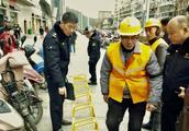 南昌新建区规范商业体周边非机动车停放,保障市民出行