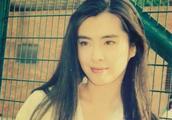 齐秦小24岁老婆曝光,比王祖贤还要美,难怪一直不肯公开