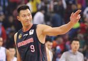易建联场均19+11,广东男篮却迎来10连胜,还得多亏这两位内线