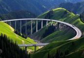 耗资206亿,240公里全程高架桥,这才是中国真正的天路!