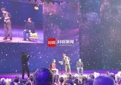 """电视魔术类编导谈刘谦""""换壶""""风波:偷拍者不该公布视频"""