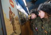 俄罗斯逐步取消义务兵制,利大于弊