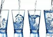保障饮水安全,东丰县市场局对桶装饮用水进行现场取样抽检