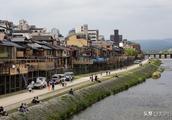 一条长河流过京都,却带动了一座美丽小镇,日本旅游业的神奇之处