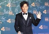 王宝强电影节摆出这个姿势后,网友们又燃起了对马蓉的愤怒!