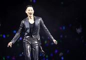 2018歌手口碑榜冠军是他,打趴周杰伦、林俊杰等4歌坛天王!