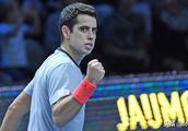 ATP新生代总决赛:纳达尔接班人取首胜,西西帕斯德米纳尔保持不败!