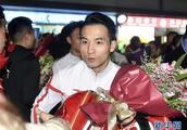 中国体操队世锦赛载誉回国
