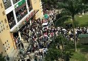 """闽江学院禁外卖车进校""""商家入校送学生免费餐"""":4商家被拘"""