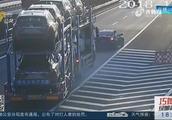 轿车司机拒不认罪?高速公路任性倒车,监控录像让他服软!