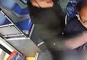 """长沙""""15秒暴捶公交司机18拳""""乘客被刑拘,系出租司机"""