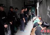 广西南宁一城中村暗藏涉黄窝点 设7个盯梢点防警察