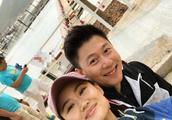 李安琪晒夫妻亲密合影秀恩爱 37岁的李小鹏眼角有了皱纹