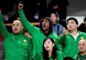 """北京""""城市英雄""""马布里祝贺国安夺冠:我们是冠军"""