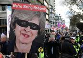 表决脱欧协议在即 英国各团体发起大规模游行抗议