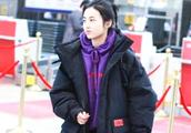 张子枫终于穿对裤子了,不仅遮住小粗腿,还显高10cm不止