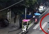 阆中古城1岁女孩眼睛被戳伤,暖心出租司机紧急送医,车费也没收