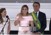 巴西新任总统就职仪式 第一夫人用手语进行演说
