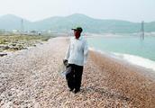 长岛球石是啥东东?海滩卵石,有人专门收藏和研究