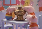 啥是佩奇?来广州佩奇四合院找答案!硬核小猪陪你打火锅、跳泥坑